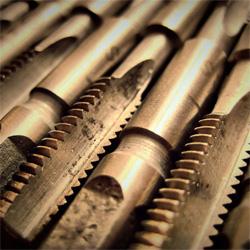 метчики для нарезания резьбы таблица