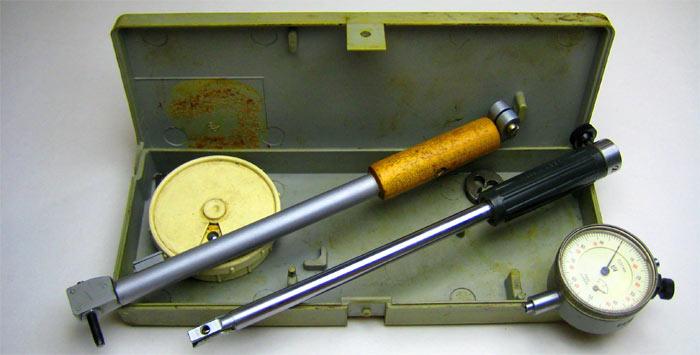 нутромер для измерения диаметра цилиндра