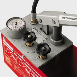 ручной опрессовочный насос системы отопления