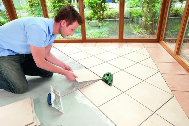 Пошаговая инструкция по укладке плитке на пол в ванную комнату